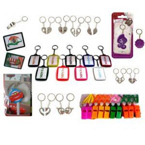 Kulcstartók, hűtőmágnesek, sípok