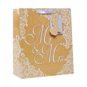 Ajándéktáskák , Esküvői Üdvözlőlapok és Pénzes borítékok